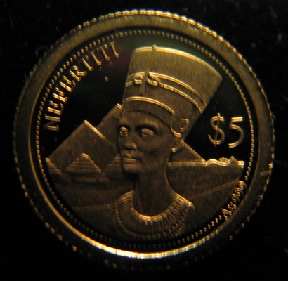 Salomonsaaret 5 Dollaria 2013 Nefertiti ( PROOF ) Au 0,5g 999