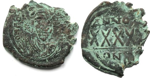 BYSANTTI Phocas, 602-610    Æ follis (29 mm; 10, 0 g.) Constantinople mint
